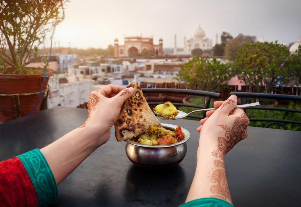 Δοκιμάστε φθηνές και νόστιμες γεύσεις στην Ινδία
